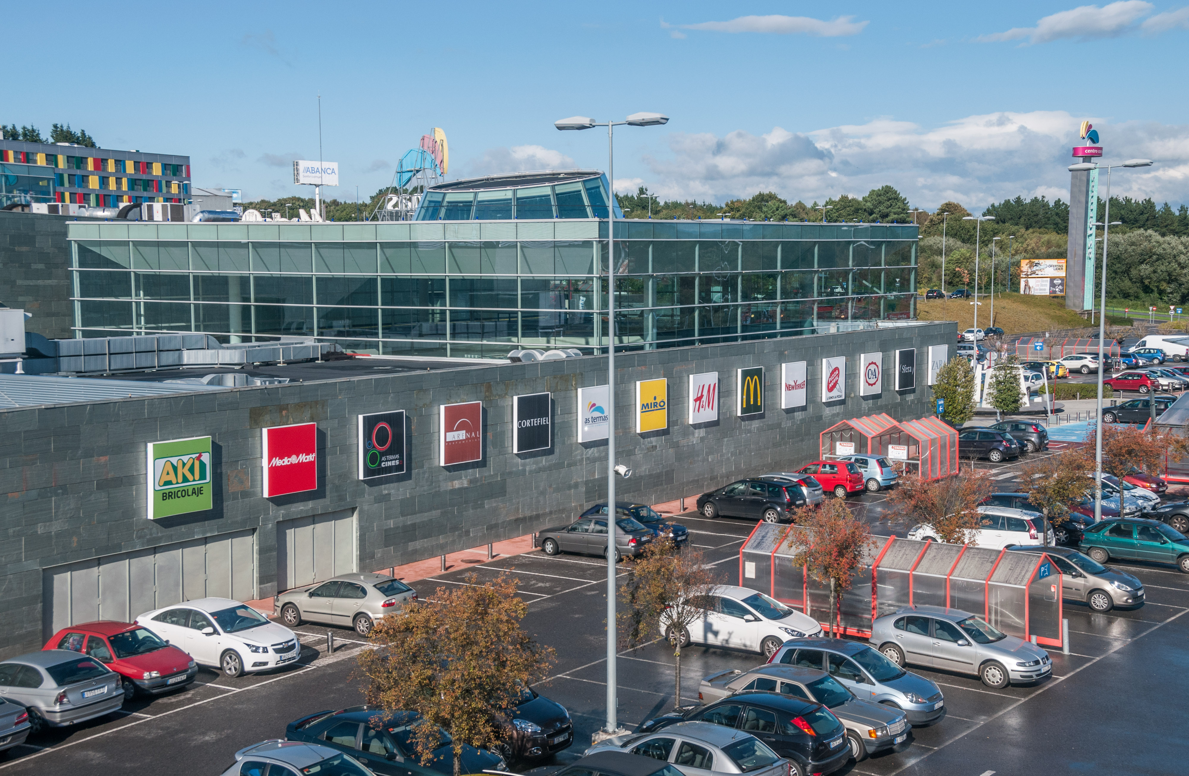 Lar espa a centro comercial as termas for Centro comercial aki piscinas precio