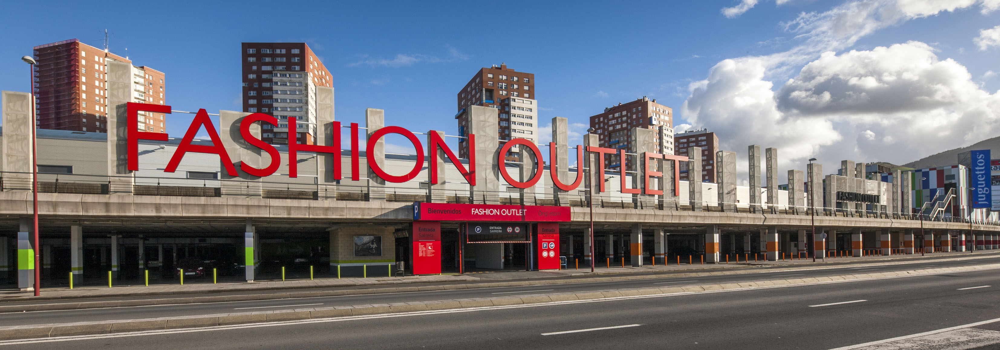 La Maison Du Monde Bilbao retail complex megapark barakaldo | lar españa